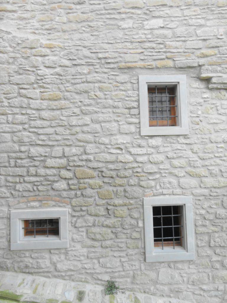 Amazing cornici per finestre in pietra ts93 pineglen - Imbotti in alluminio per finestre ...