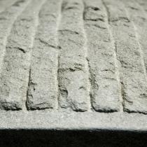 Particolare di lavorazione pietra serena