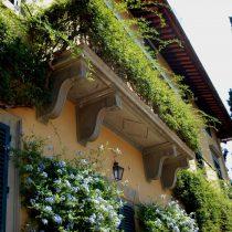 Balcone in pietra serena