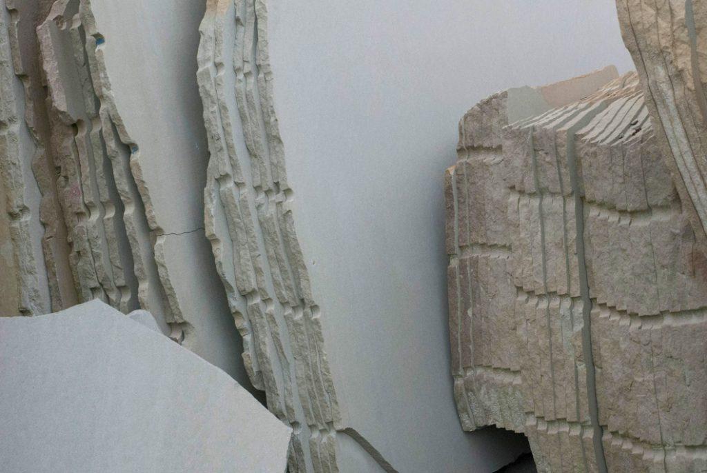 Cava di pietra serena Raspanti: estrazione e lavorazione